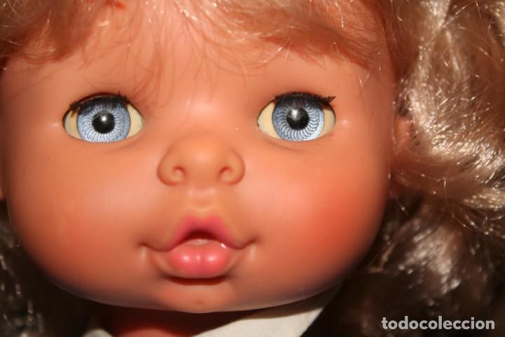 Otras Muñecas de Famosa: muñeca chelito de famosa muy nueva con ropa original - Foto 3 - 130654038