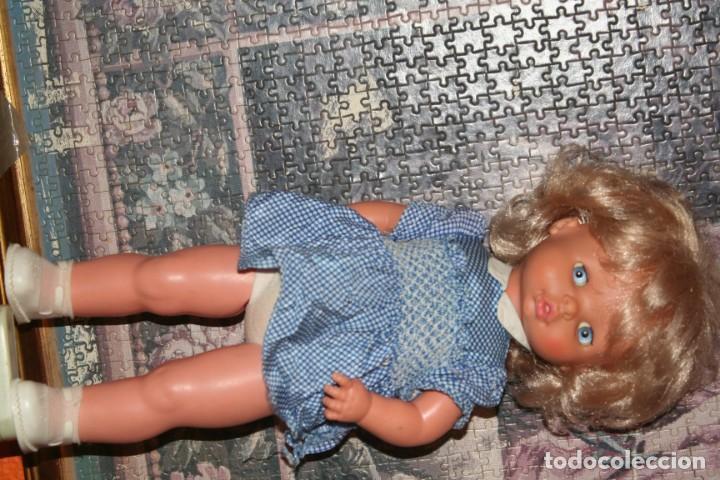 Otras Muñecas de Famosa: muñeca chelito de famosa muy nueva con ropa original - Foto 4 - 130654038