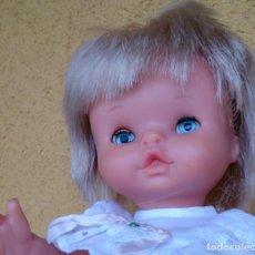 Otras Muñecas de Famosa: MUÑECA CHIQUITINA DE FAMOSA NIÑA AÑOS 70. Lote 130956832