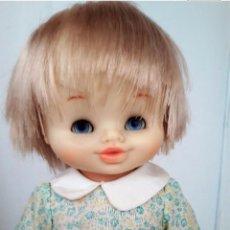 Otras Muñecas de Famosa: MUÑECA ANTIGUA ANDADORA NACHO DE FAMOSA ANTIGUO. Lote 131501699