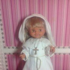 Otras Muñecas de Famosa: MUÑECA CAROLIN DE FAMOSA HABITO. Lote 132101882