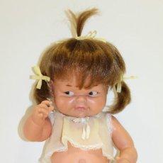 Otras Muñecas de Famosa: MUÑECA CHATUCA DE FAMOSA 1º MODELO MIDE 42 CMS - AÑOS 60. Lote 132836474