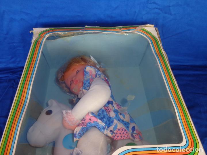 Otras Muñecas de Famosa: MIMITA- MUÑECA MIMITA MUSICAL DE FAMOSA, CON SU CABALLITO BALANCIN, AÑOS 80,VER FOTOS! SM - Foto 9 - 132947458