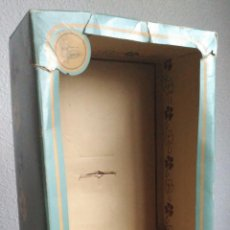 Otras Muñecas de Famosa: CAJA VACIA DE MUÑECA CLOE DE FAMOSA. Lote 134096602