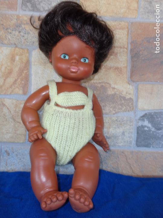Otras Muñecas de Famosa: GODINA - BONITA Y ANTIGUA MUÑECA GODINA DE FAMOSA AÑOS 70, OJOS IRIS MARGARITA , VER FOTOS! SM - Foto 9 - 134196434
