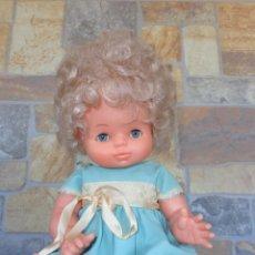 Otras Muñecas de Famosa: FAMOSA - PRECIOSA MUÑECA DE FAMOSA TODA DE ORIGEN PELO AFRO, OJOS AZULES PESTAÑAS PERFECTAS! SM. Lote 134208222