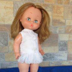 Otras Muñecas de Famosa: CAROL - MUÑECA CAROL DE FAMOSA VESTIDA Y CALZADA DE ORIGEN, AÑOS 60 OJOS IRIS MARGARITA AZULES! SM. Lote 134234078