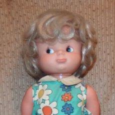 Otras Muñecas de Famosa: MUÑECA SALTARINA DE FAMOSA,AÑOS 70. Lote 239403850
