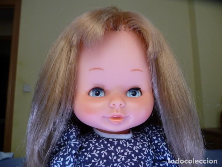 Otras Muñecas de Famosa: Muñeca Mari Loli de famosa rubia cerveza ojos azul margarita epoca de Nancy Mariloli ropa original - Foto 4 - 136294630