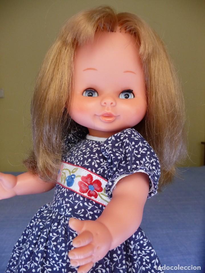 Otras Muñecas de Famosa: Muñeca Mari Loli de famosa rubia cerveza ojos azul margarita epoca de Nancy Mariloli ropa original - Foto 7 - 136294630