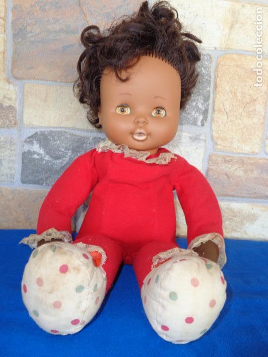 Otras Muñecas de Famosa: MIMITA MIMOSA NEGRITO, DE FAMOSA AÑOS 70, OJOS IRIS MARGARITA MARRONES, VER FOTOS Y DESCRIPCION! SM - Foto 7 - 136415354