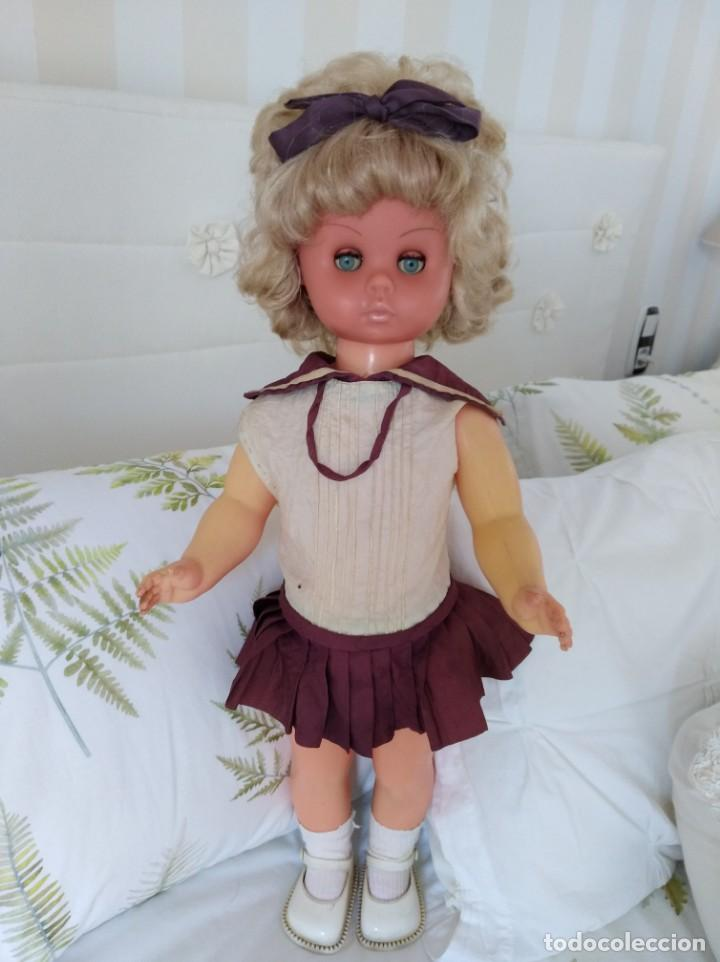 MUÑECA FRANCESA CARINA GEGE MODELO DEPOSE (Juguetes - Muñeca Española Moderna - Otras Muñecas de Famosa)