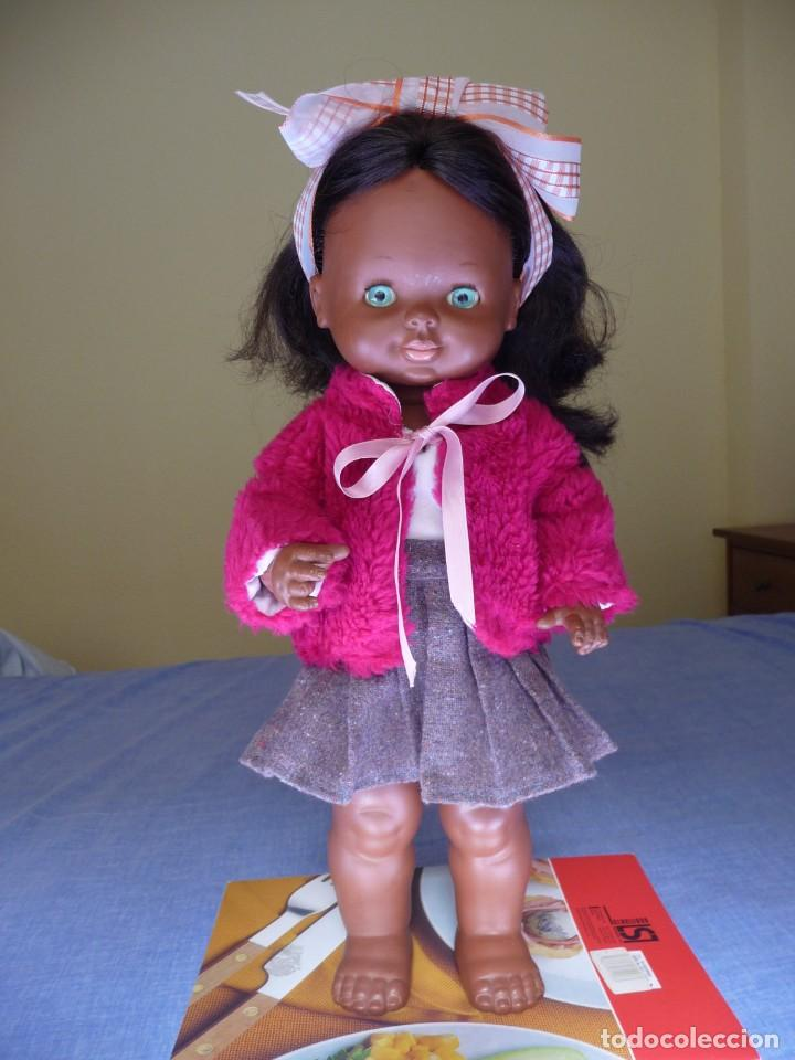 MUÑECA GRACIOSA NEGRA NEGRITA AÑOS 70 (Juguetes - Muñeca Española Moderna - Otras Muñecas de Famosa)