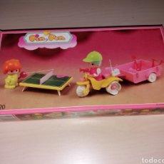 Otras Muñecas de Famosa: ANTIGUO PIN Y PON, TRICICLO CON REMOLQUE - AÑOS 80 - NUEVO¡¡. Lote 268620669