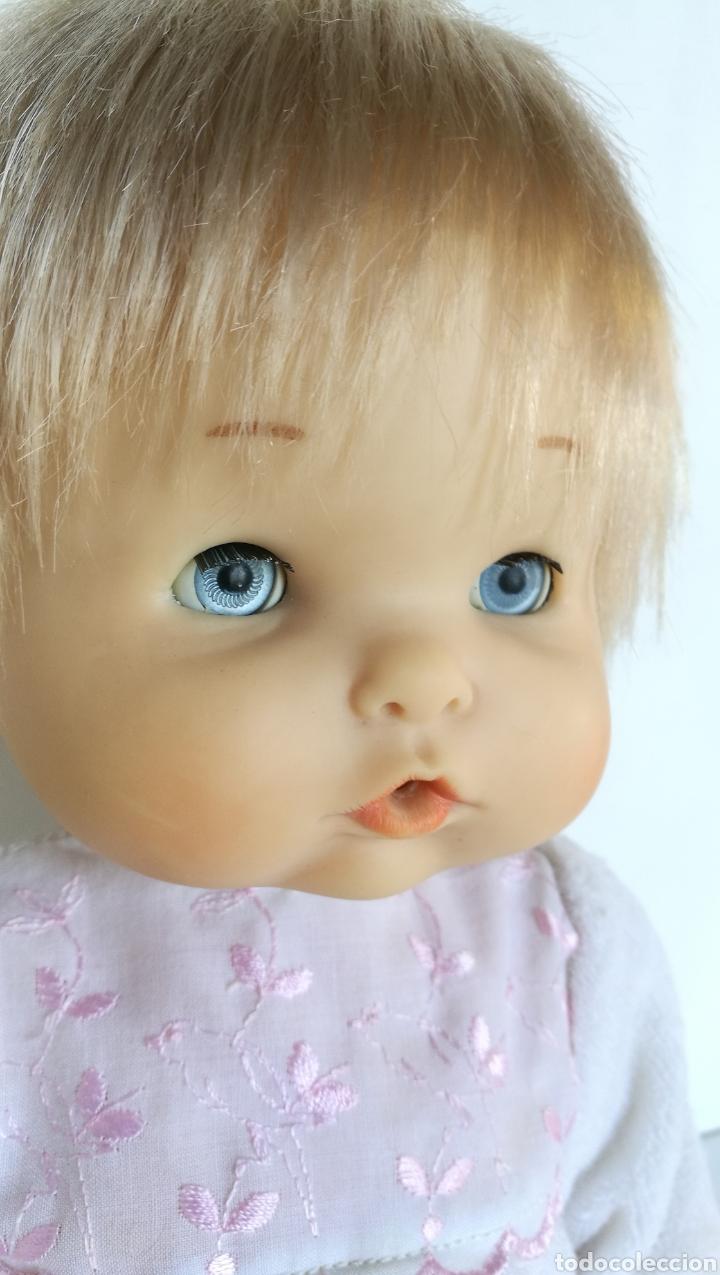Otras Muñecas de Famosa: Nenuco ojos margarita azules Famosa, rubio flequillo años 70 bebe niña - Foto 2 - 142397998