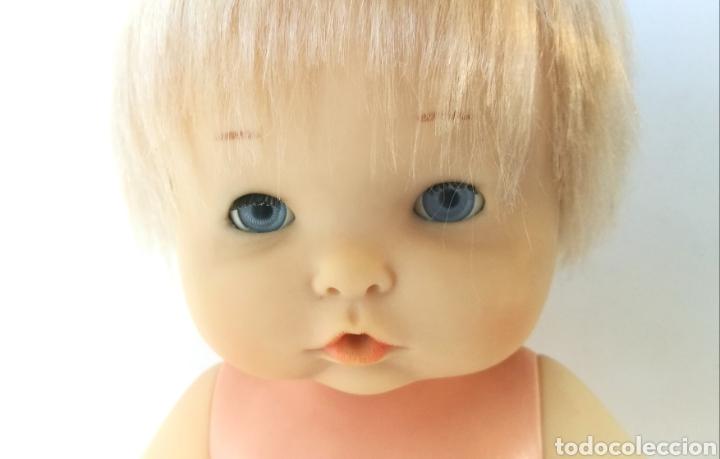 Otras Muñecas de Famosa: Nenuco ojos margarita azules Famosa, rubio flequillo años 70 bebe niña - Foto 6 - 142397998