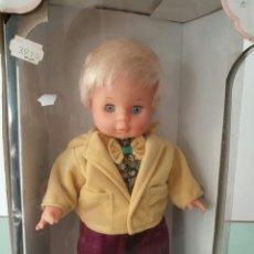 Otras Muñecas de Famosa: MUÑECA CHICO AMOUR DE FAMOSA. Lote 142613445