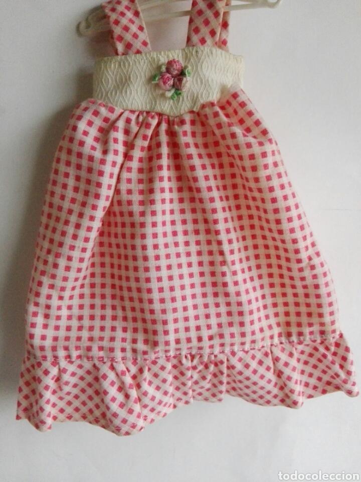 Otras Muñecas de Famosa: Dificil y raro vestido Lesly Mayo rosa original de Famosa años 70 - Foto 2 - 143598702