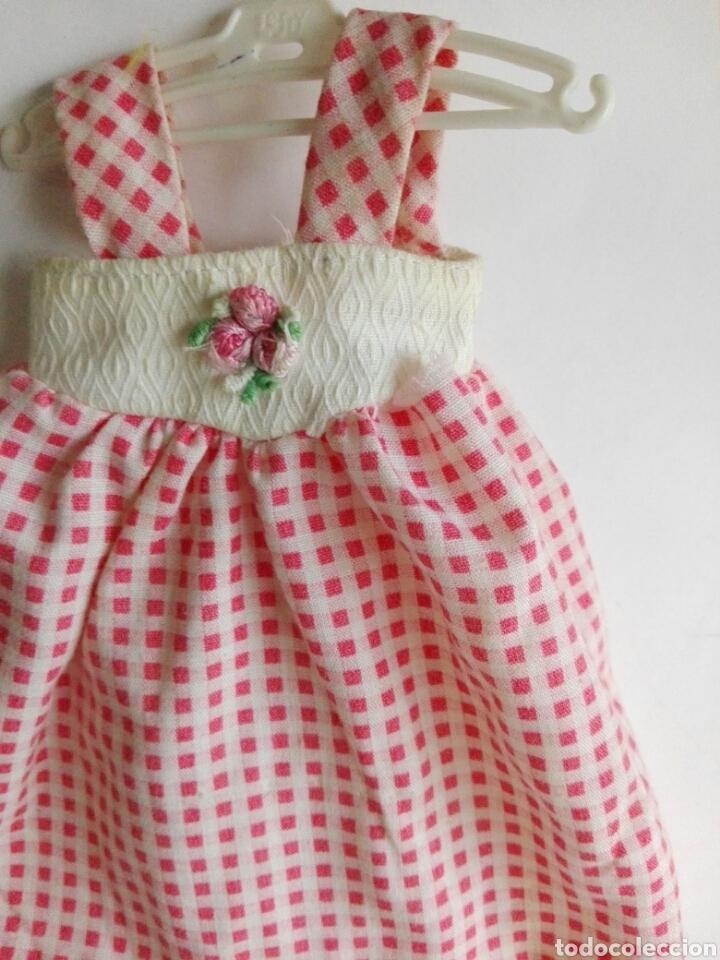 Otras Muñecas de Famosa: Dificil y raro vestido Lesly Mayo rosa original de Famosa años 70 - Foto 3 - 143598702
