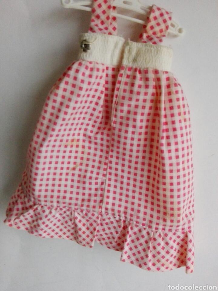 Otras Muñecas de Famosa: Dificil y raro vestido Lesly Mayo rosa original de Famosa años 70 - Foto 4 - 143598702