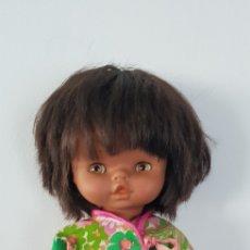Otras Muñecas de Famosa: MUÑECA CHIQUITINA MULATA DE FAMOSA AÑOS 70 TODA ORIGINAL. Lote 143798890