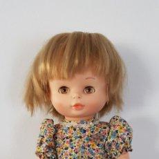 Otras Muñecas de Famosa: MUÑECA NIEVES ANDADORA DE FAMOSA AÑOS 70 COMPLETA 100% ORIGINAL. Lote 143799224