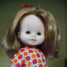 Otras Muñecas de Famosa: MUÑECA MARI LOLI DE FAMOSA CASTAÑA CON OJOS MARGARITA EPOCA NANCY MARILOLI . Lote 143914742