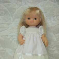 Otras Muñecas de Famosa: MUÑECA CLOE DE FAMOSA DE LOS 70 *ROPA DE ORIGEN*. Lote 144281742
