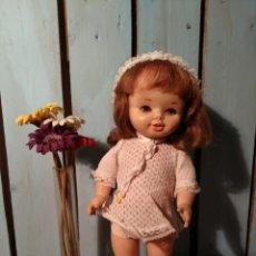 Otras Muñecas de Famosa: MUÑECA LEILA DE FAMOSA ANDADORA AÑOS 70. Lote 145383604