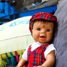 Otras Muñecas de Famosa: MUÑECO FAMOSA. Lote 146445574