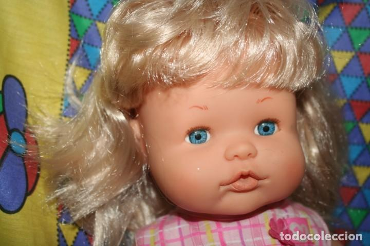 Otras Muñecas de Famosa: muñeca nenuca ropa original - Foto 2 - 148369146