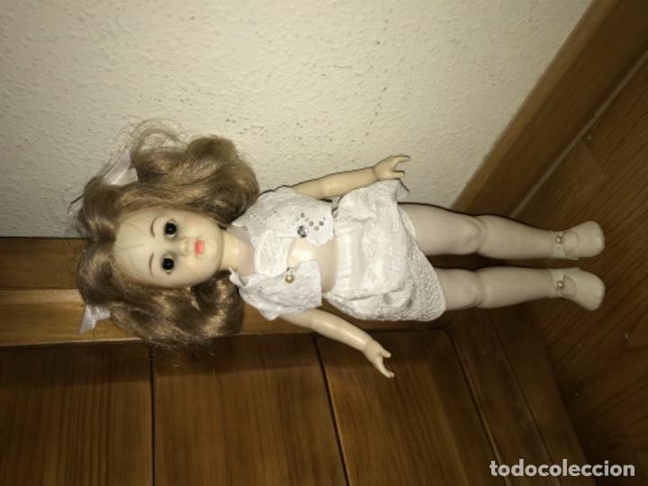 Otras Muñecas de Famosa: Muñeca de famosa REVIVAL AÑOS 70 80 - Foto 2 - 172316670