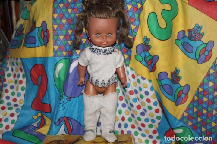 ANTIGUA MUÑECA DE FAMOSA NEGRITA 1989 (Juguetes - Muñeca Española Moderna - Otras Muñecas de Famosa)
