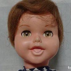 Otras Muñecas de Famosa: ANTIGUA MUÑECA MIRINDA DE FAMOSA - PELO MOHAIR - AÑOS 60. Lote 152670810