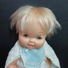 Otras Muñecas de Famosa: MUÑECO MAY FAMOSA ROPA NO ORIGINAL. Lote 153113618