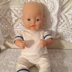 Otras Muñecas de Famosa: PRECIOSO MUÑECO BEBE PELON DE FAMOSA. Lote 153955114