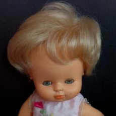 Otras Muñecas de Famosa: MUÑECA CURRINA RUBIA FAMOSA ROPA NENUCO. Lote 154660658