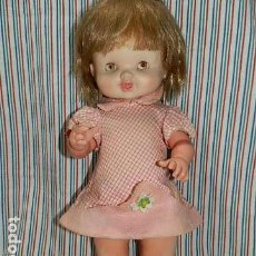 Otras Muñecas de Famosa: FAMOSA, ANTIGUA MUÑECA DE 45 CM, OJOS IRIS MARGARITA COLOR MIEL. Lote 154755110
