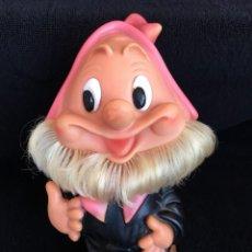 Otras Muñecas de Famosa: ENANITO FERRARIO DE FAMOSA CON SILBATO, AÑOS 70. Lote 155036746