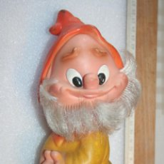 Otras Muñecas de Famosa: ANTIGUO MUÑECO DE GOMA *** ENANO DE FAMOSA JUGUETE AÑOS 70 *** ALTURA 21 CM APROX. Lote 155384698