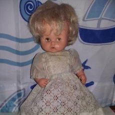 Otras Muñecas de Famosa: MUÑECA PULY DE FAMOSA AÑOS 70 OJOS MARGARITA NECESITA ASEO. Lote 155723354
