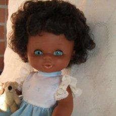 Otras Muñecas de Famosa: ANTIGUA MUÑECA CURRINA FAMOSA . NEGRA MULATA. Lote 158351806