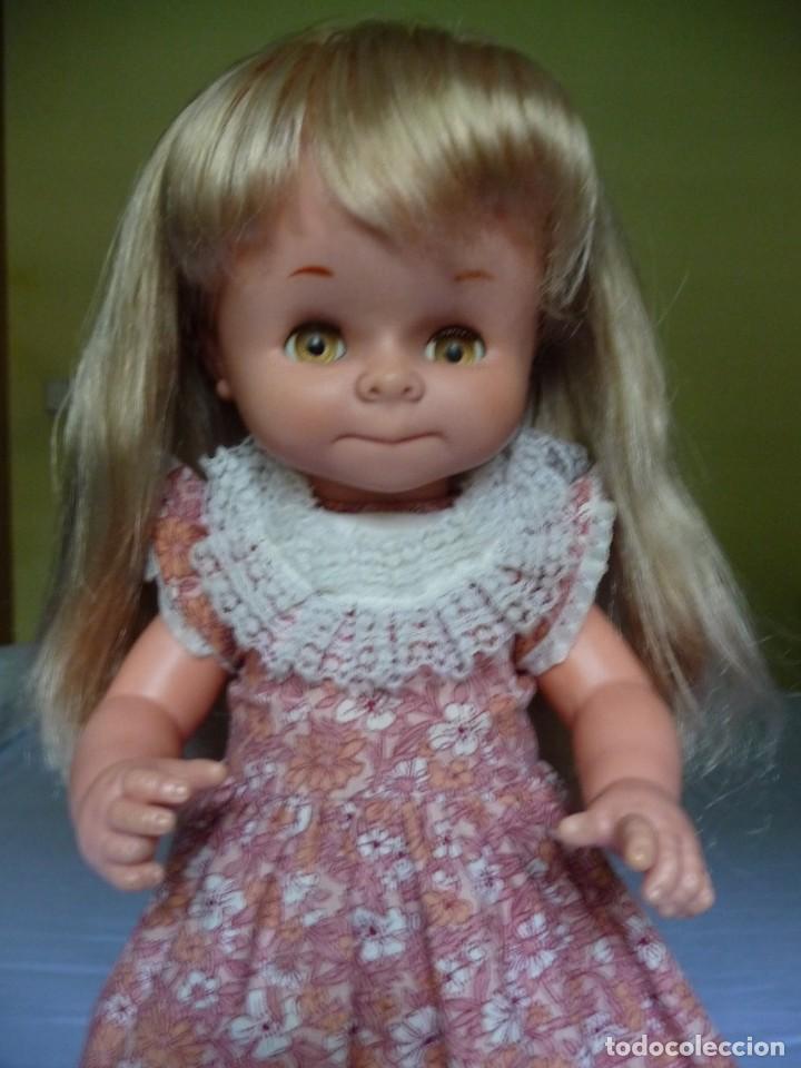 Otras Muñecas de Famosa: Muñeca graciosa de famosa rubia ojos marron margarita muy dificil epoca nancy - Foto 4 - 160640690