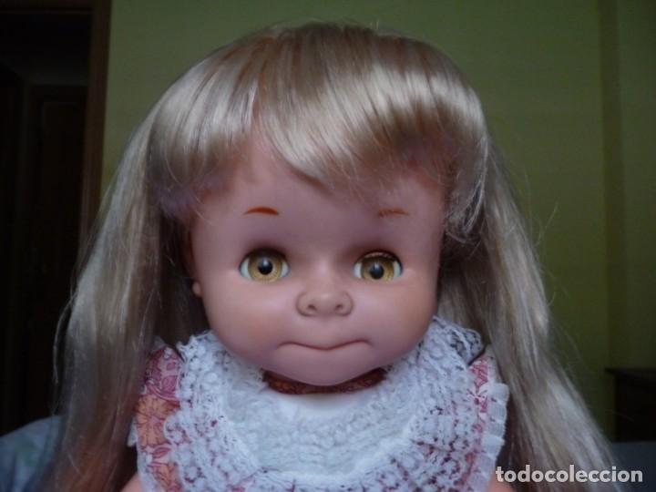 Otras Muñecas de Famosa: Muñeca graciosa de famosa rubia ojos marron margarita muy dificil epoca nancy - Foto 5 - 160640690