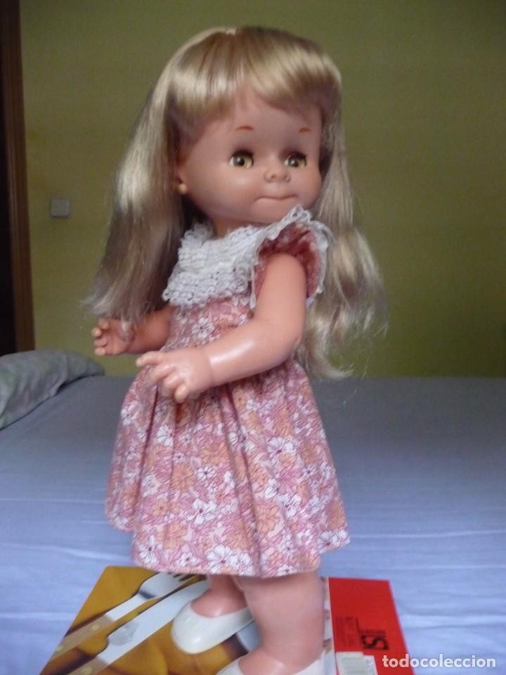 Otras Muñecas de Famosa: Muñeca graciosa de famosa rubia ojos marron margarita muy dificil epoca nancy - Foto 6 - 160640690
