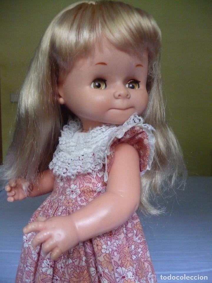 Otras Muñecas de Famosa: Muñeca graciosa de famosa rubia ojos marron margarita muy dificil epoca nancy - Foto 8 - 160640690