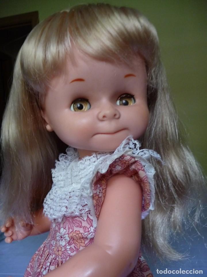 Otras Muñecas de Famosa: Muñeca graciosa de famosa rubia ojos marron margarita muy dificil epoca nancy - Foto 9 - 160640690