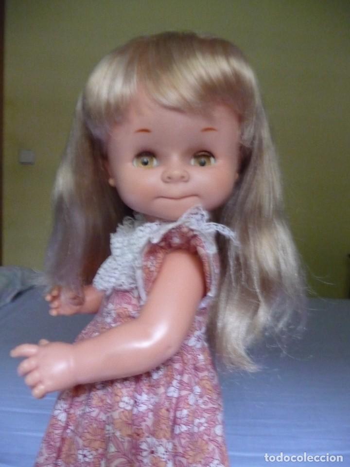 Otras Muñecas de Famosa: Muñeca graciosa de famosa rubia ojos marron margarita muy dificil epoca nancy - Foto 13 - 160640690