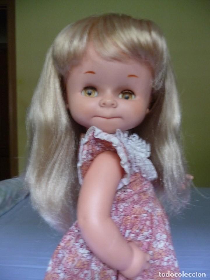 Otras Muñecas de Famosa: Muñeca graciosa de famosa rubia ojos marron margarita muy dificil epoca nancy - Foto 20 - 160640690