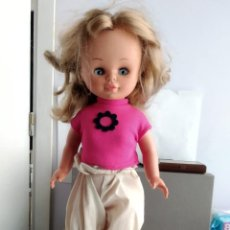 Otras Muñecas de Famosa: ANTIGUA MUÑECA DE FAMOSA . Lote 164647610